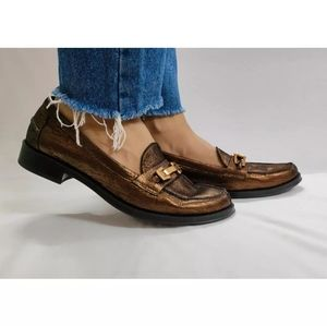 Embellished buckle loafers